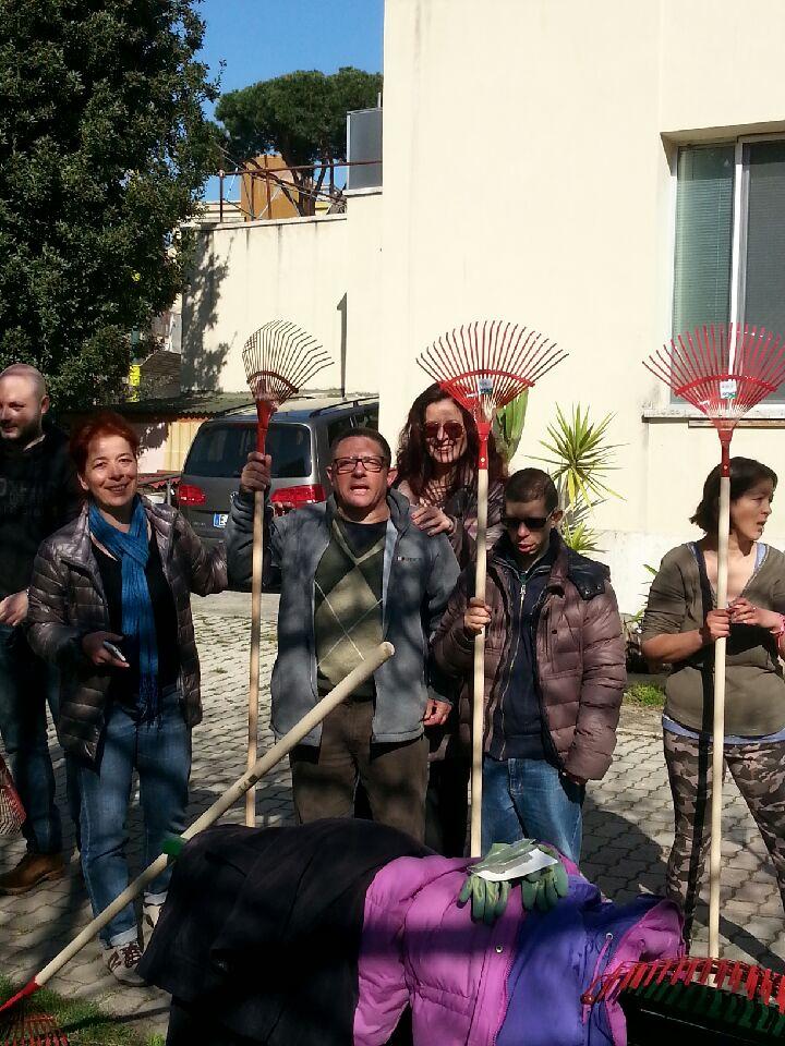 Roma i ragazzi de la tartaruga adottano le aiuole della for Man arreda ragazzi roma