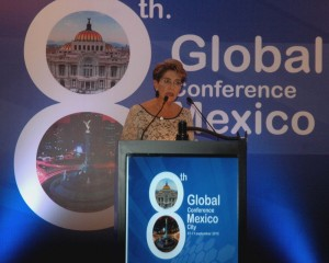 070915 8va Conferencia Global-Mexico PRESIDE La Dra Mercedes Juan.en lafoto dr cuitlahua ruiz matu dr mar k. rosenbery dra mercedes juan dr pablo kuiri dra fadzziluh kamaluddin dr dionisio herrera