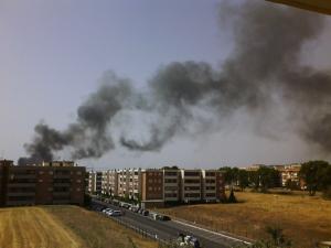 incendi campo nomadi roma