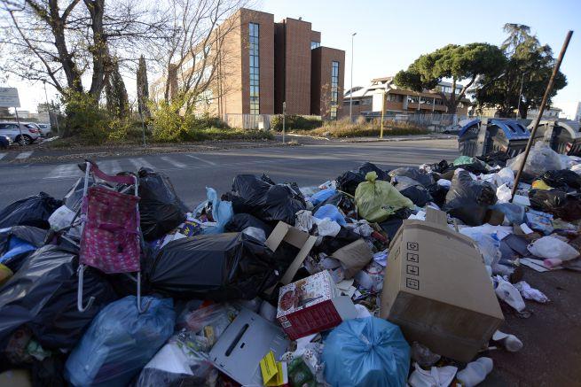 rifiuti roma