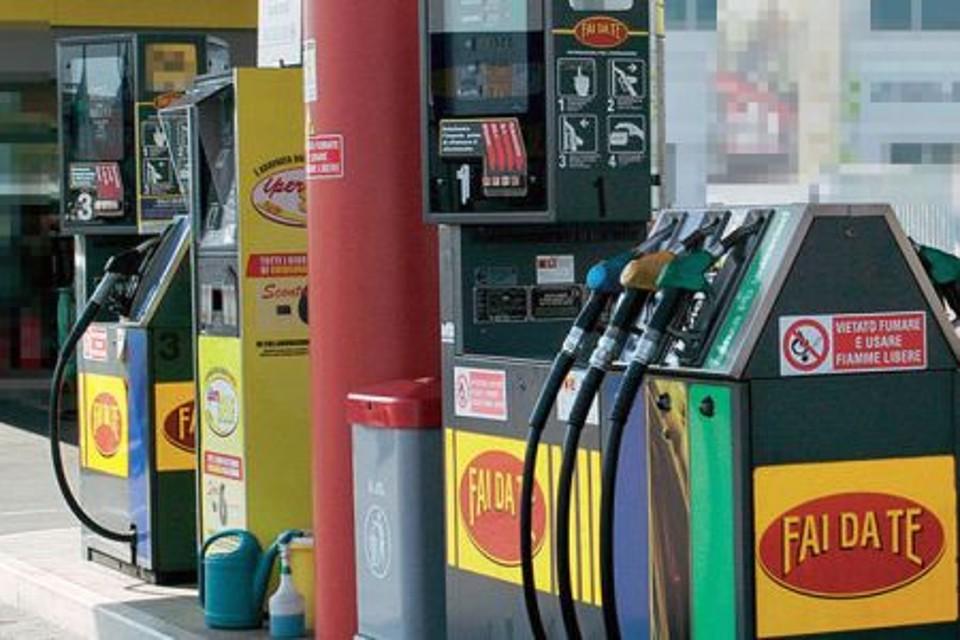 pantelleria carburante benzina
