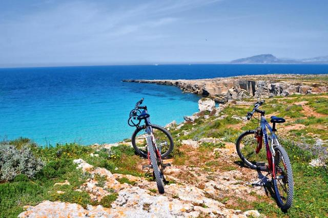 cicloturismo in sicilia bicicletta