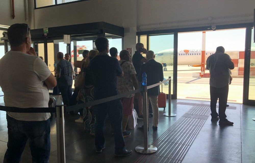 passeggeri volo DAT